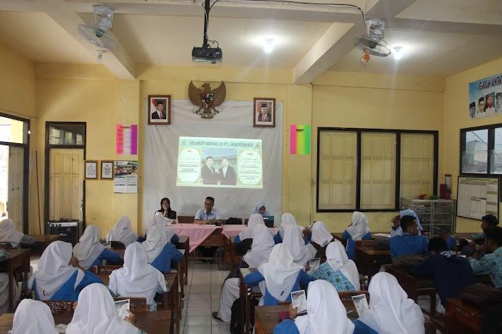 Sosialisasi dan Rekrutmen PT Jaya Perkasa Textile di SMK Muhammadiyah  1 Trenggalek