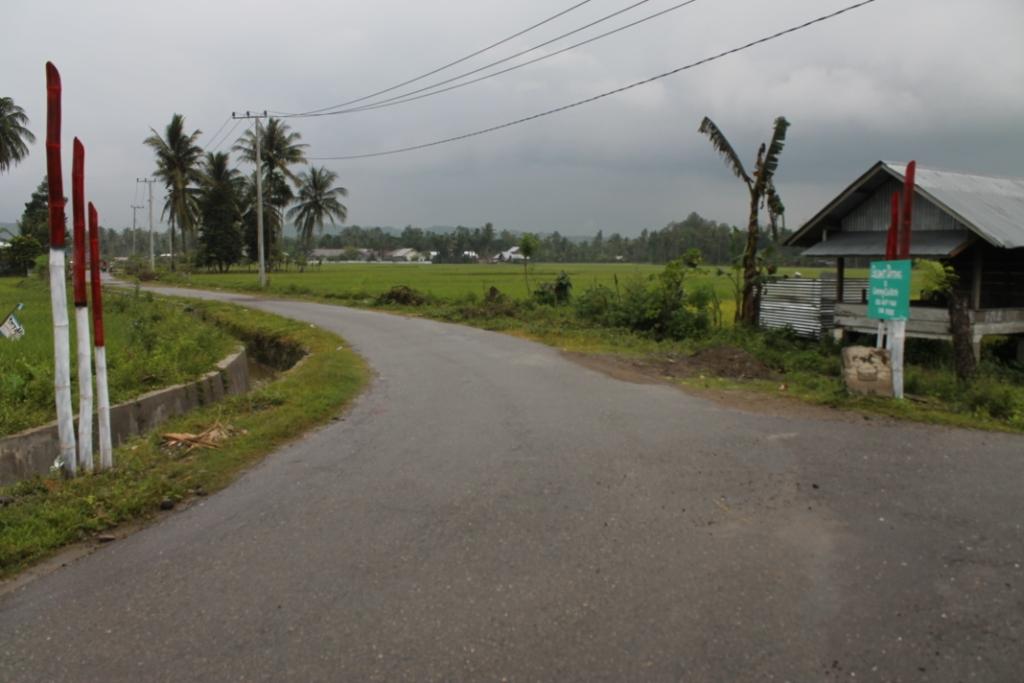 Petunjuk Jalan Ke Masjid Aron