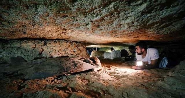 «Μήνυμα από τον Άλλο Κόσμο» 2.300 ετών Βρήκαν Αρχαιολόγοι στην Αίγυπτο