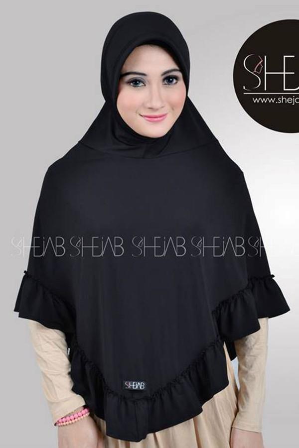 Hijab Bergo Hitam Ayla Shejab
