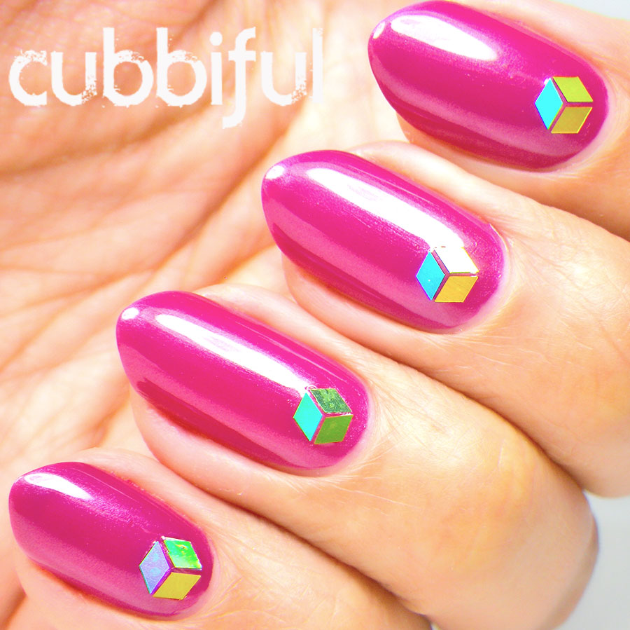 Glitter Placement 3D Cube Nails