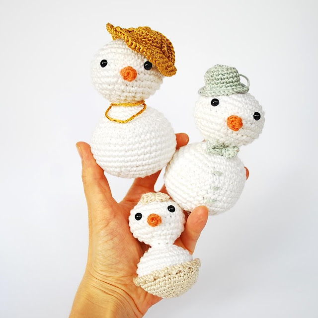 Snowlady_free_crochet_pattern