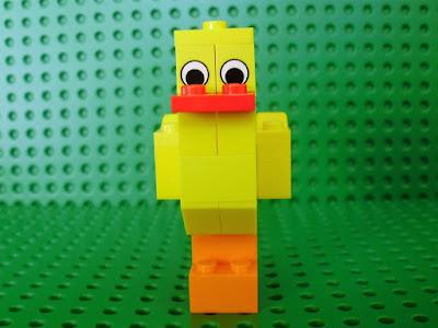 MOC LEGO Pintainho