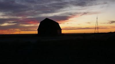 Torquay, Saskatchewan, barn, landscape