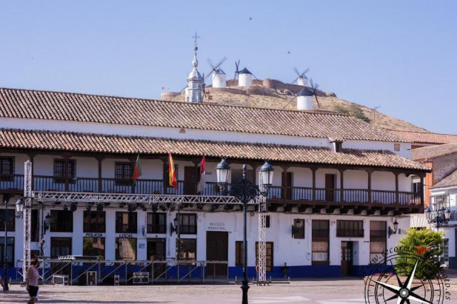 Edificio de Los Corredores, Consuegra