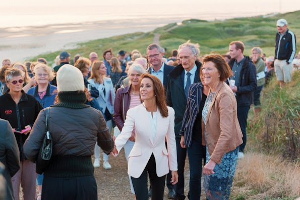 Princess Marie wore Alexander McQueen Light Pink Fitted Crepe Jacket, Hugo Boss Silk Shirt
