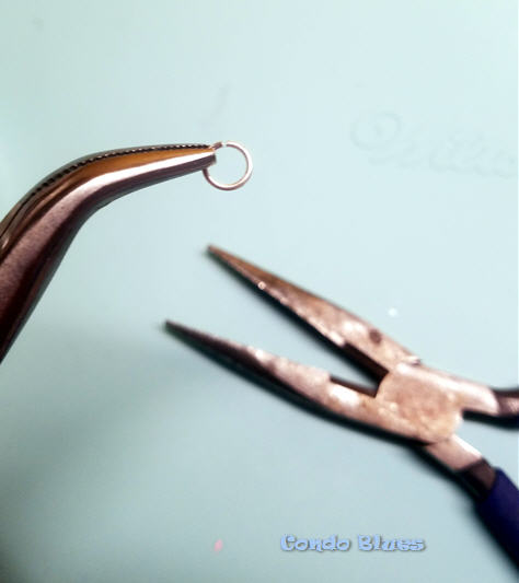 how to open and close jewelry jump rings