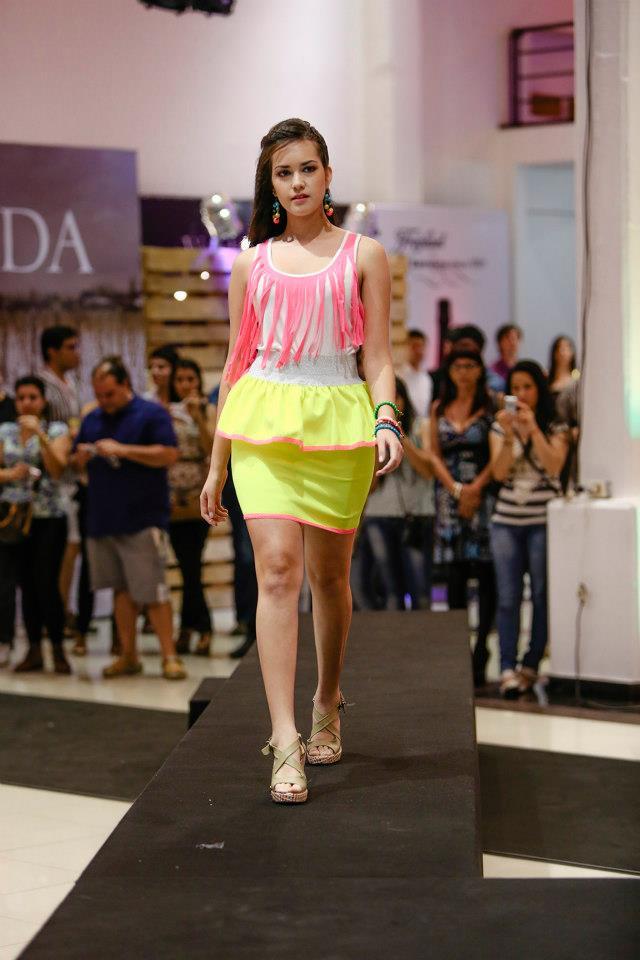 Paraguay Alta Moda primavera verano 2013 - Sociales - ABC