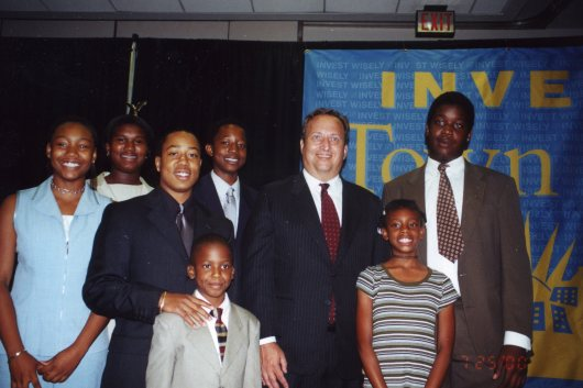 "Student ""Investors"" of The Ninth Street Project with Treasury Secretary Lawrence Summers"