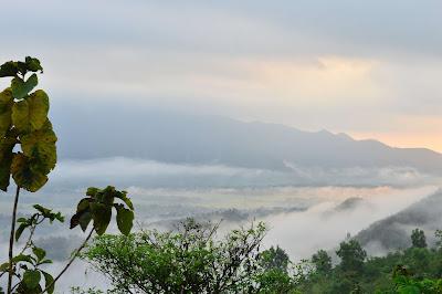 Sunrise Bukit Banyon Trenggalek