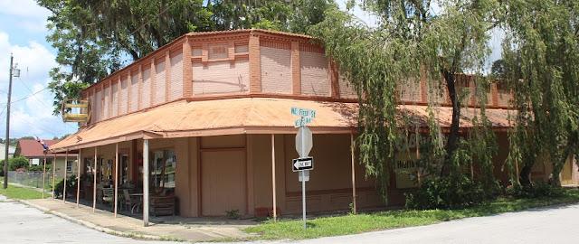 En Webster, construido en 1922