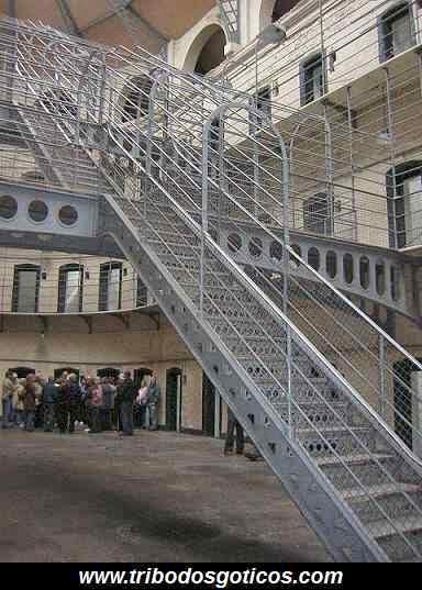 prisão de ferro antiga