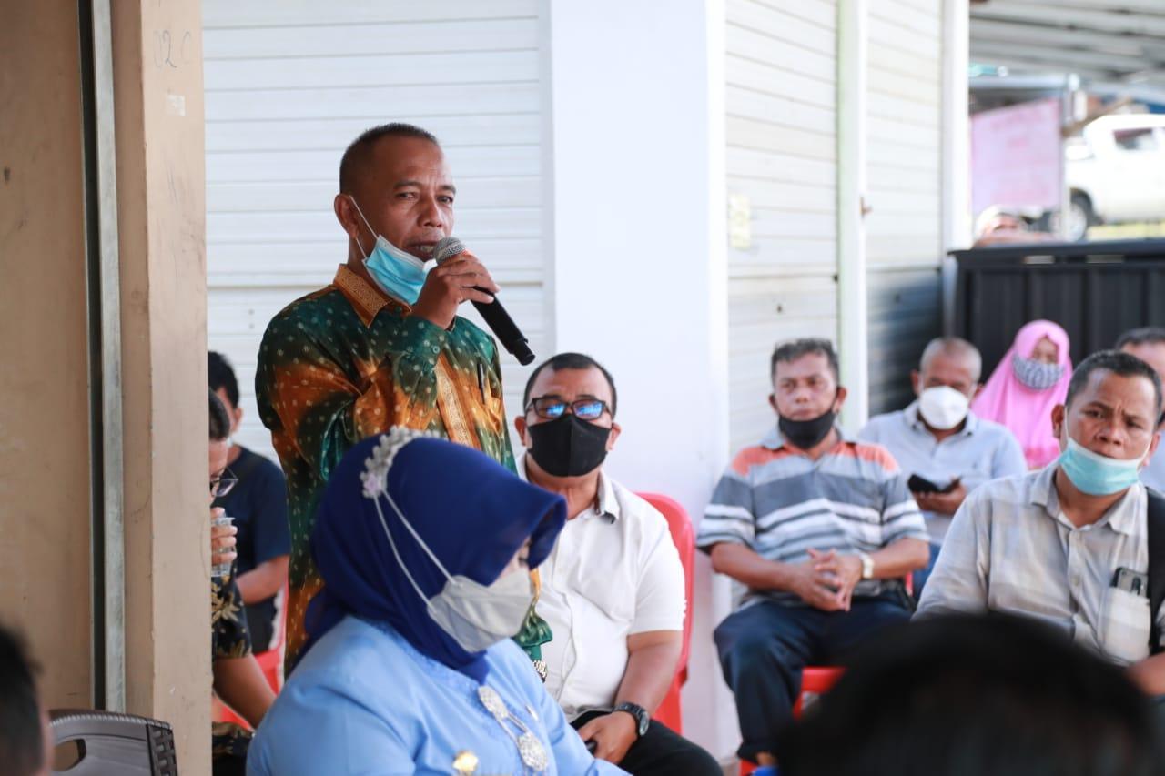 Walikota Tanjungpinang Salurkan dan Mendengarkan Aspirasi Pedagang Pasar Bintan Centre
