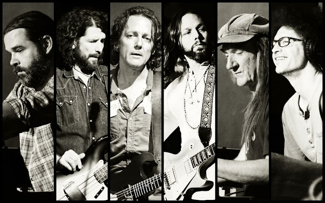 RICH ROBINSON,BLACK CROWES,MAGPIE SALUTE
