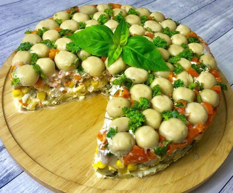 """Торт-салат с селедкой и грибами по типу """"Лесная поляна"""""""