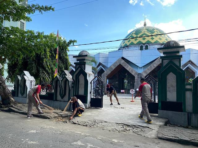 Tiga Pilar Kecamatan Benteng Gelar Baksos dan Deklarasi Pilkada Damai di Masjid Al Umaraini