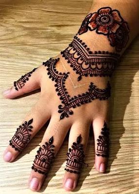 back hand mehndi design simple