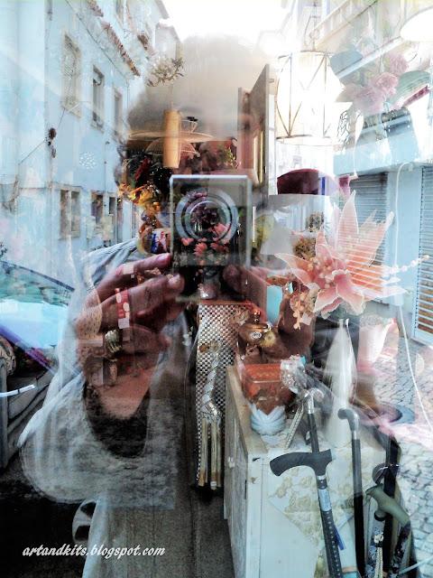 O que é a realidade? Apenas uma visão limitada das nossas circunstâncias, toldada e moldada, pela nossa, supostamente, constante racionalidade... tantas vezes distorcida, pelas nossas inseguranças, medos, anseios, dúvidas... Estamos sempre a tempo, de começar a olhar para tudo, com outros olhos!... E descobrir outras perspectivas... possibilidades... e realidades! / What is reality? Only a limited view of our circumstances, blurred and shaped, by our, supposedly, constant rationality... and so often distorted by our insecurities, fears, longings, doubts... We are always on time, to start looking at everything, with other eyes!... E descobrir outras perspectivas... possibilities... and realities!