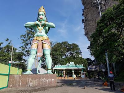 Gran estatua de Hanuman, en Batu