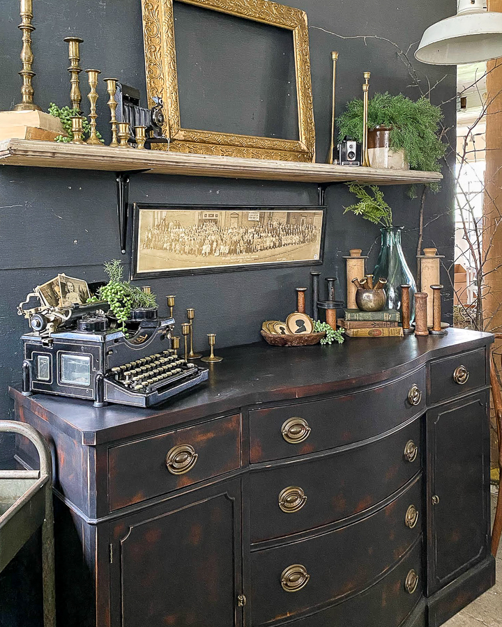 styled vintage booth