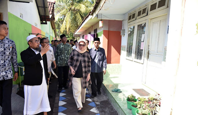 Wabup berkunjung ke perkampungan di Kelurahan Jogotrunan
