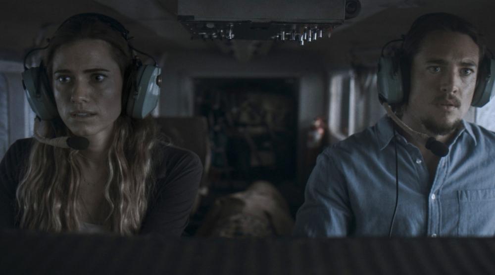 Horizon Line, Movie Review by Rawlins, Thriller, Rawlins GLAM, Rawlins Lifestyle