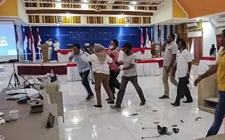 Rapat Berlangsung Ricuh, Kepala Bappeda Nyaris Dipukul Anggota DPRD Morotai