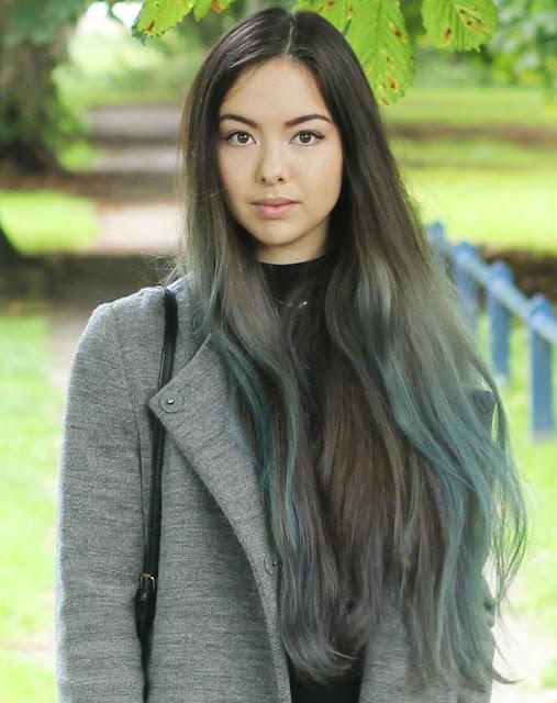 Jen Lou Meredith - Green hair
