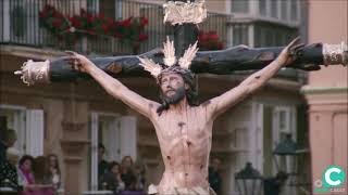Video del Santísimo Cristo de la Expiración por la Plaza de la Catedral en la Semana Santa Cádiz 2019