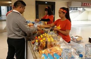 Sân Mỹ Đình 'cắt cổ - chặt chém': nước suối 30.000 đồng, gửi ôtô 400.000 đồng