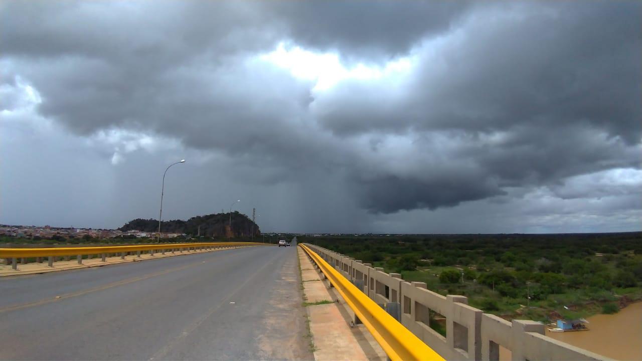 Bom Jesus da Lapa-BA registra 100 milímetros de chuva em 48 horas