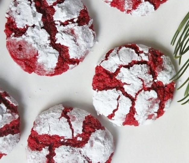 Gooey Red Velvet Butter Cookies #desserts #cookies