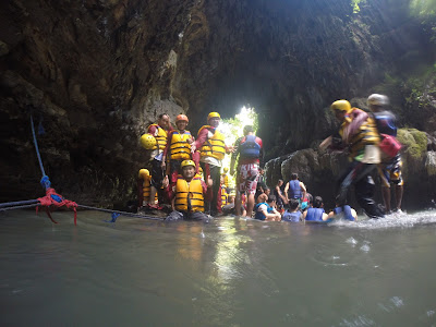 Paket Private Track Pendek Body Rafting Di Green Canyon Jarak 5 Km