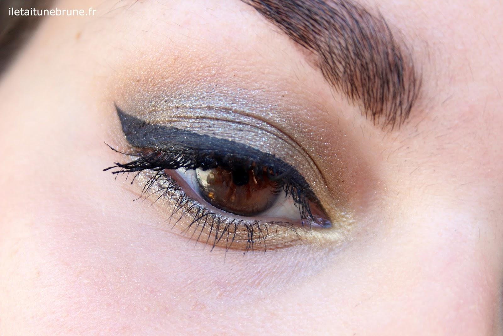 maquillage de soirée kaki et trait d'eyeliner