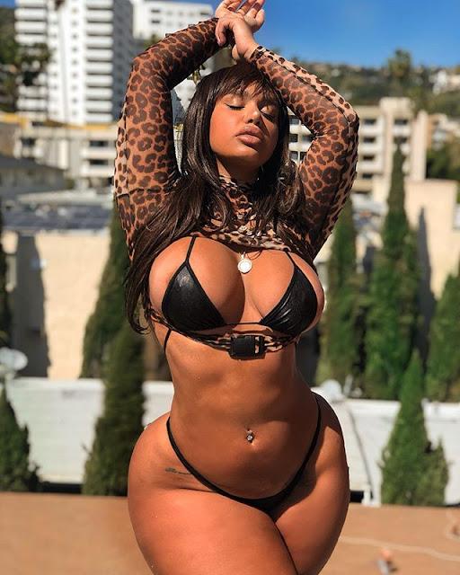 Carmela Habibi Hot & Sexy Pics