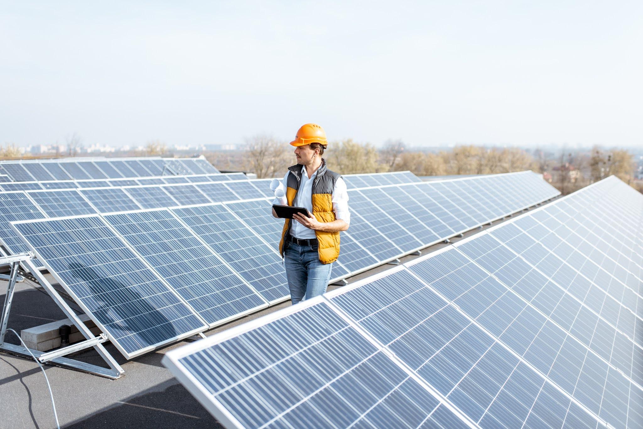 مصدر الإماراتية تعزز الطاقة النظيفة في العراق