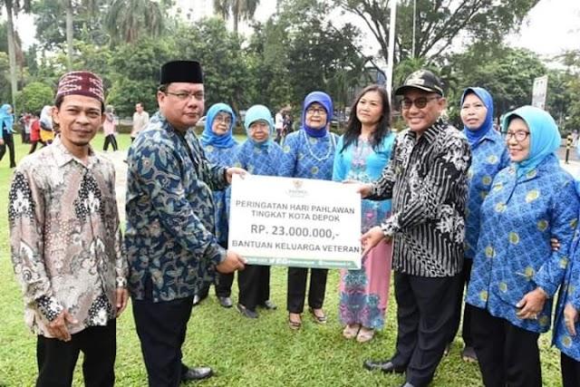Baznas Depok Berikan Bantuan Kepada 21 Keluarga Pahlawan