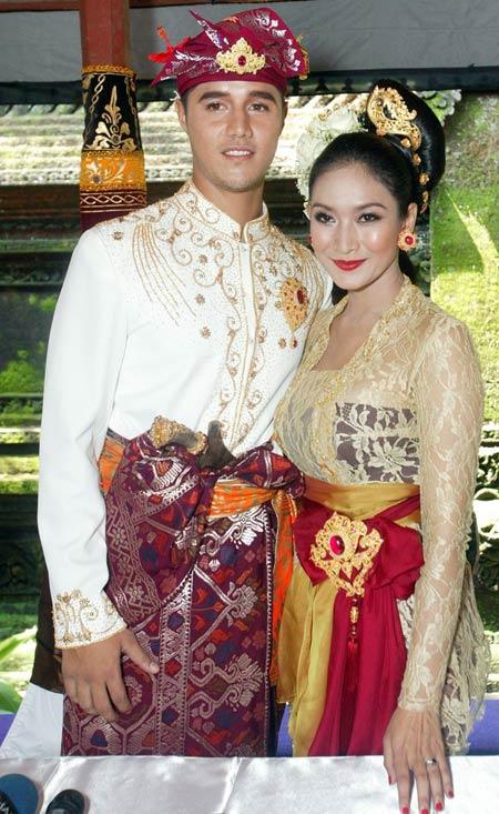Image Result For Royal Wedding Adalah
