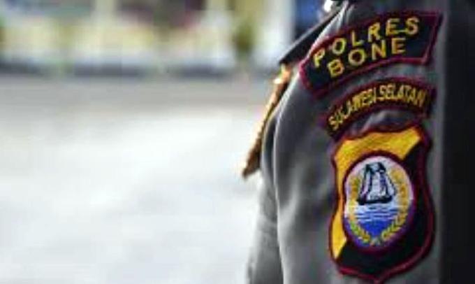 Oknum Polisi, Polres Bone, Pengeroyokan