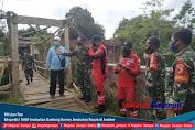 TNI dan Tim Ekspedisi 1000 Jembatan Gantung Survey Jembatan Rusak di Jember