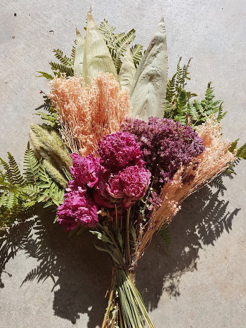 dried flower bouquet at The Camellia