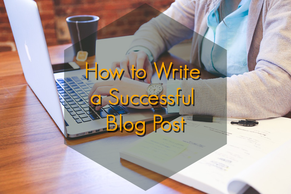 how to write a successful travel blog