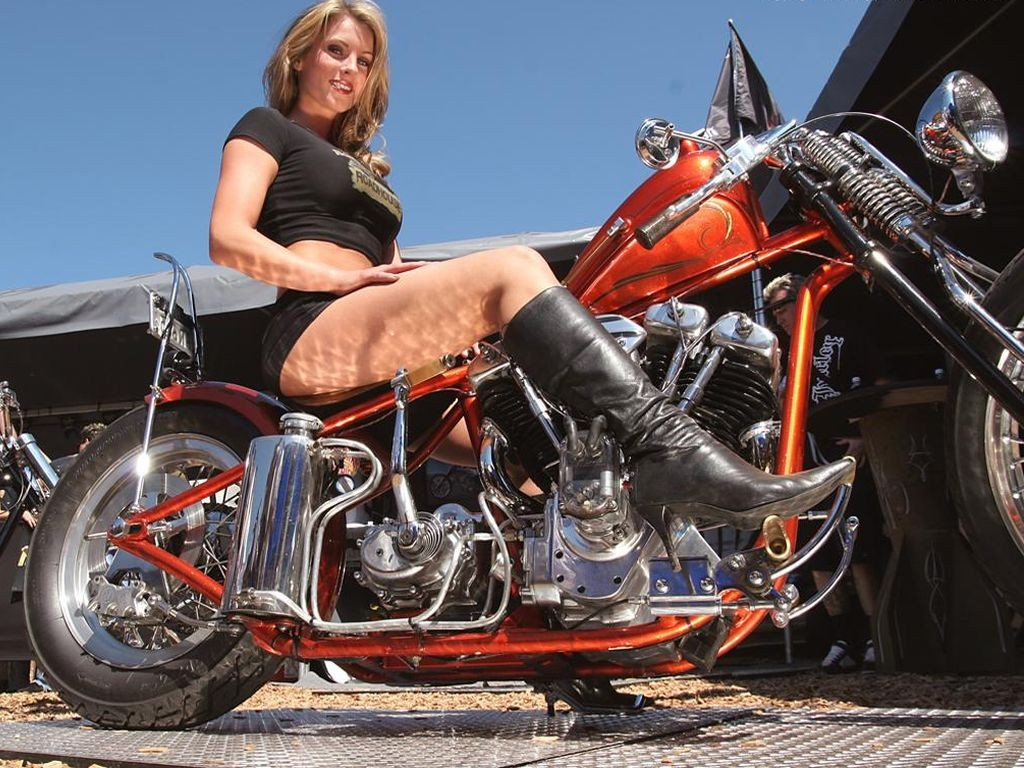 Hot girls on bike wallpaper pack 2 cute girls celebrity - Pictures of chicks on bikes ...