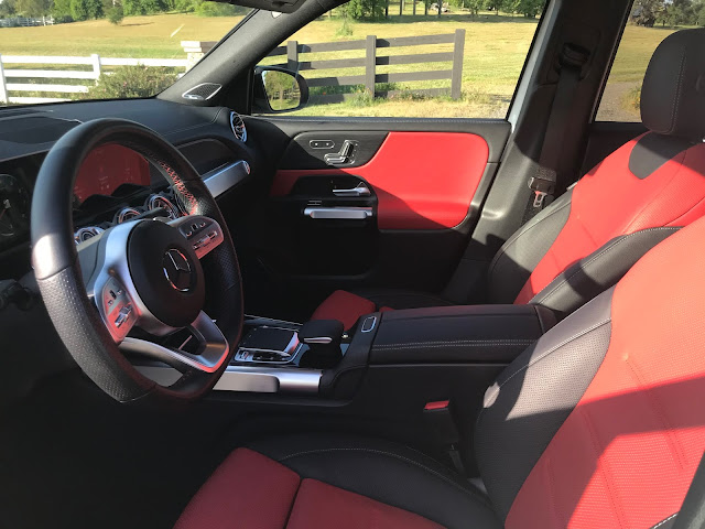 Front seats in 2020 Mercedes-Benz GLB 250 4MATIC