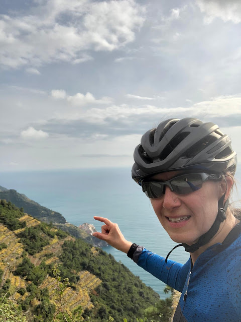 cycling cinque terre carbon road bike rental in Lerici La Spezia Liguria
