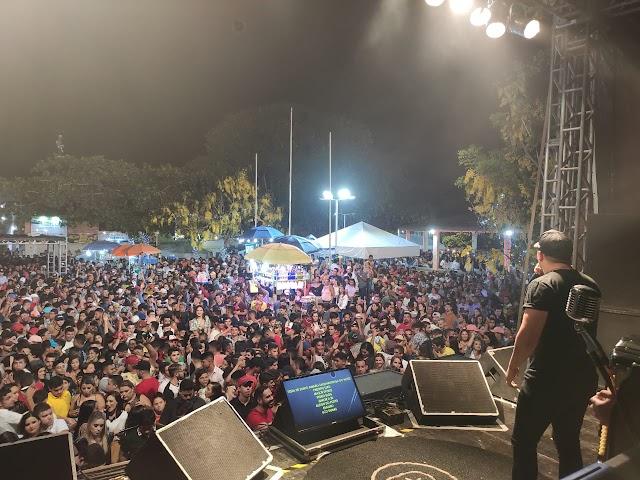 Festa de Santo Amaro em Taquaritinga é encerrada com show católico de Cassiano e o cantor Peruano