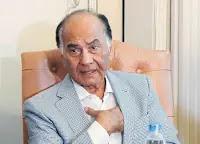 وفاة محمد فريد خميس مؤسس النساجون الشرقيون
