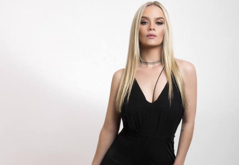 "Confira novo single de Lorena Simpson, ""Sirens"", e detalhes sobre o futuro de sua carreira musical!"