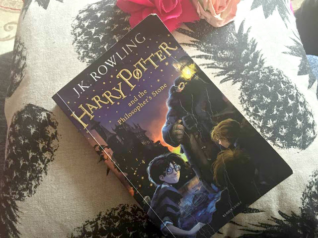 harry potter and the philosophers stone book review