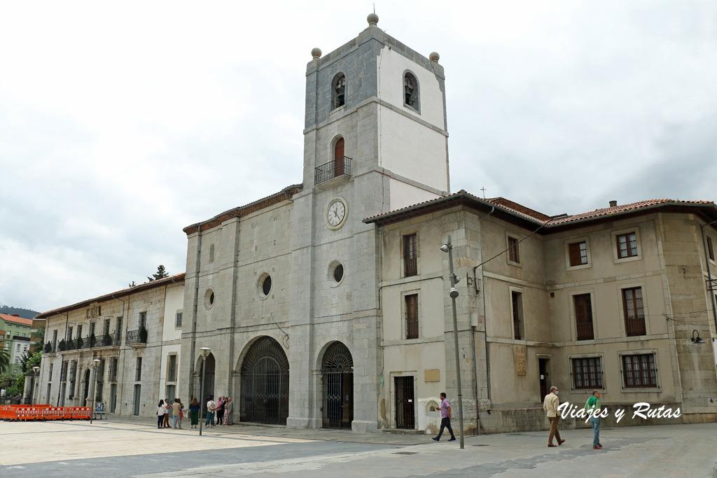 Colegiata de Santa María la Mayor de Pravia